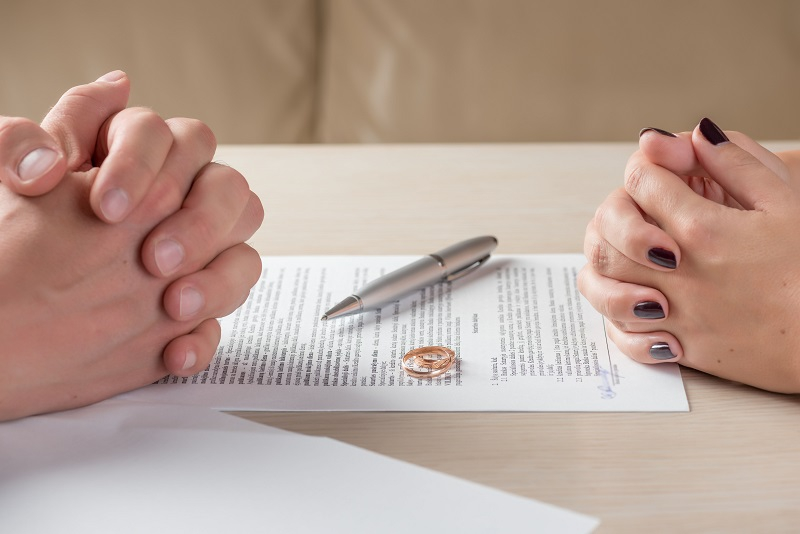 Steps to Take with your Bank During a Divorce